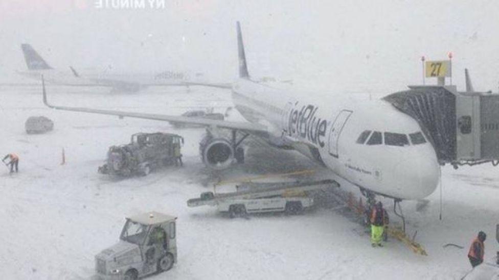 La nevada en el aeropuerto JFK de Nueva York