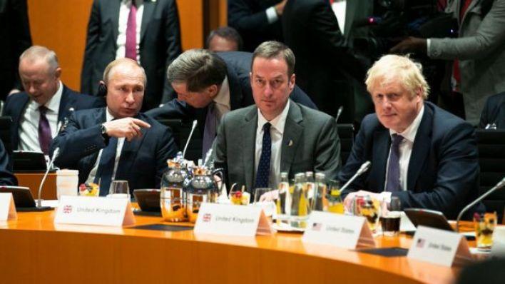 فلاديمير بوتين مع بوريس جونسون في برلين، ألمانيا، بتاريخ 19 يناير/كانون ثاني 2020