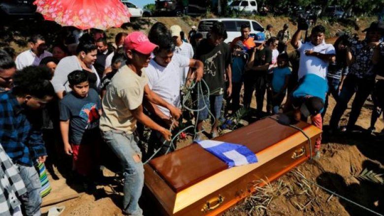 Entierro de manifestante en Nicaragua