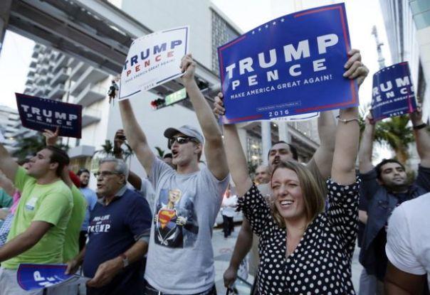 Seguidores del candidato republicano a la presidencia de EE.UU. en Miami, Florida.