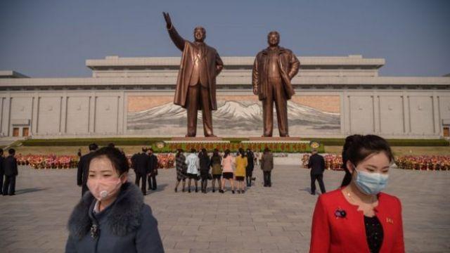 Kim Jong-un waligiis kama uusan baaqanin munaasabadda xuska awowgii