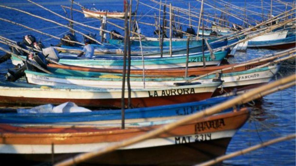 Los piratas usan embarcaciones parecidas a la de pescadores.
