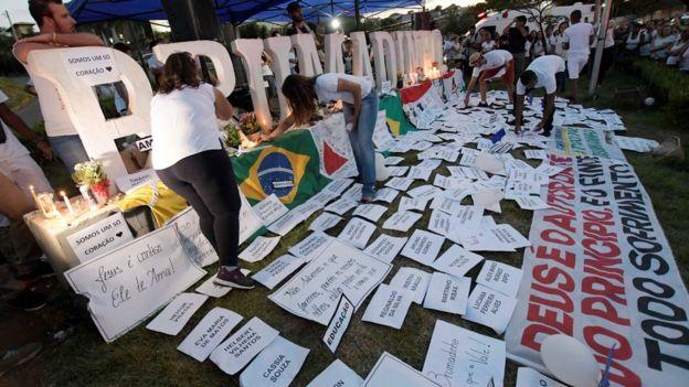 Homenagem às vítimas da tragédia de Brumadinho