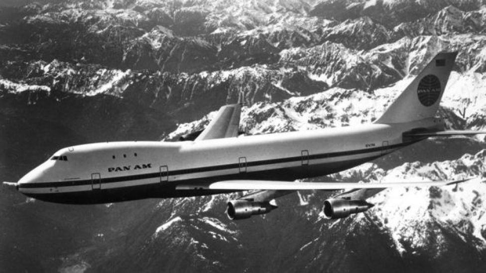 El 747 surgió como una derivación de un proyecto para construir un gran avión de transporte militar.