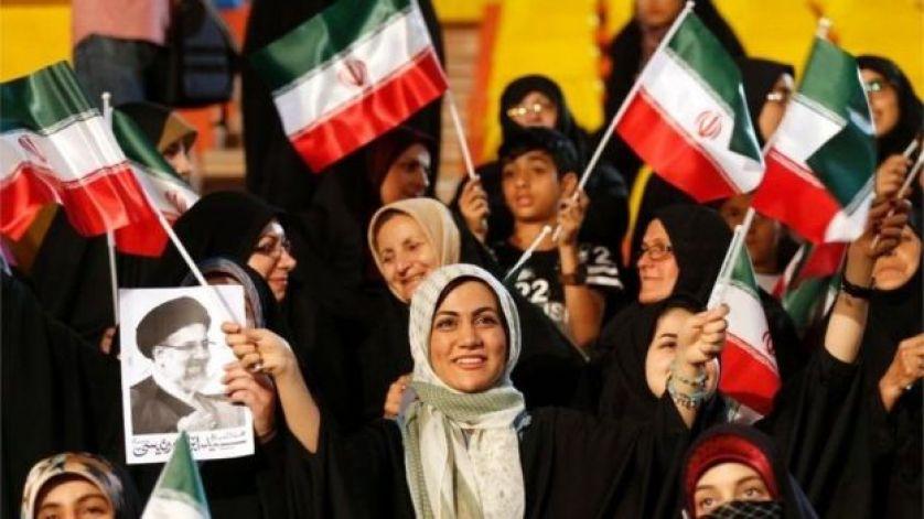الانتخابات الرئاسية في إيران: هل يمكن للمرأة أن تكون عامل الحسم
