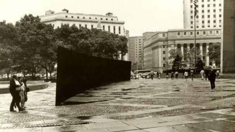 Tilted Arc, de Richard Serra