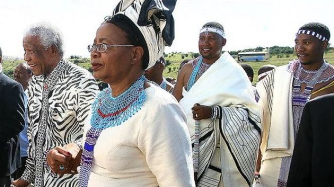 South African Former president Nelson Mandela and his wife Graca Machel of Mozambique followed by his grandson Zuko Dani (Second R), 16 April 2007 arrive in Mvezo at a ceremony to install his grandson as chief of the Mvezo Traditional Council.