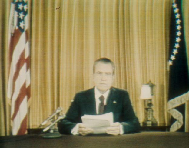 El escándalo del Watergate acabó con la presidencia de Nixon en 1974.