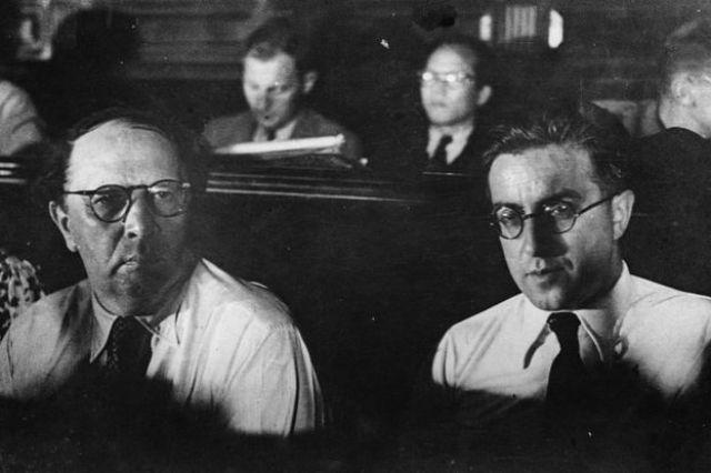 Los escritores soviéticos Alexi Tolstoy y Koltrov representan a su país en el II Congreso Internacional de Intelectuales para la Defensa de la Cultura en julio de 1937 en Valencia, España.