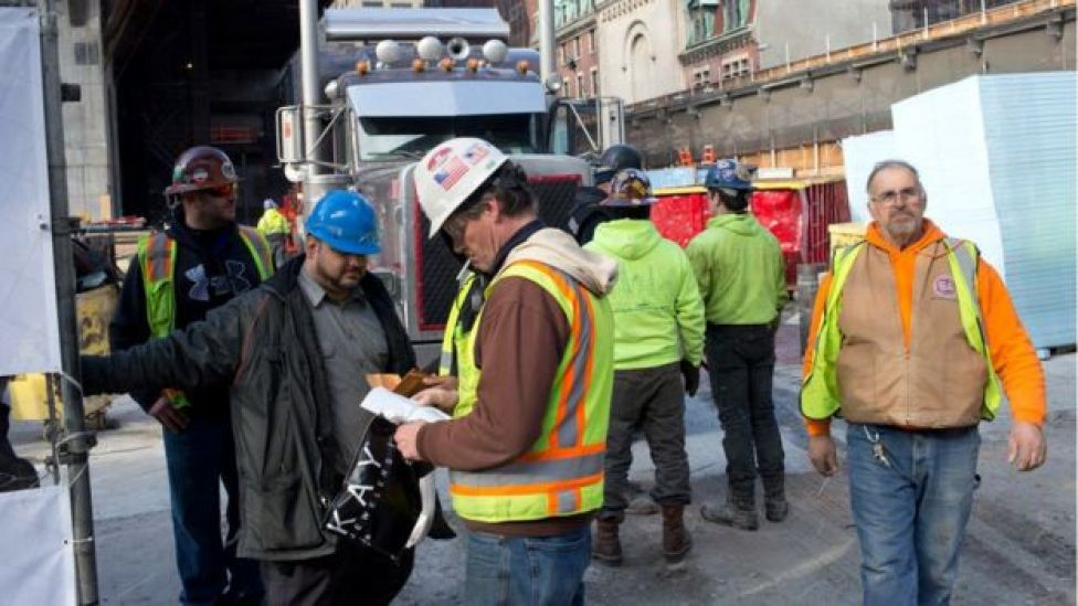 Trabajadores de construcción en Manhattan, Nueva York.