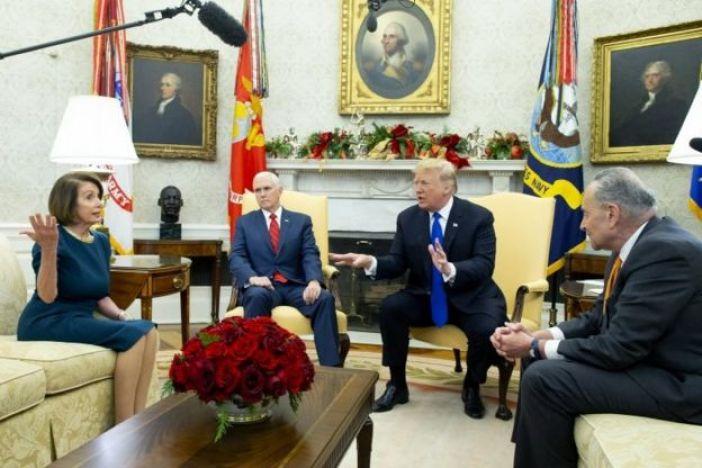Nancy Pelosi, Mike Pence, Donald Trump y Chuck Schumer