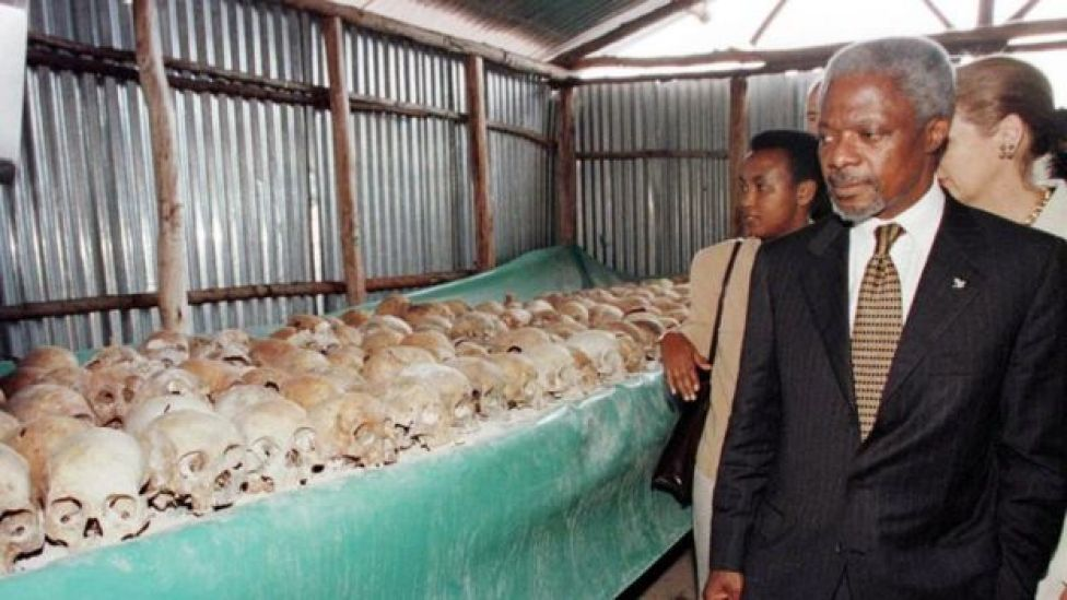 UN Secretary General Kofi Annan walks by skulls at the Mulire Genocide memorial 08 May. Annan pressed ahead with his troubled visit to Rwanda, braving hecklers at the memorial site here for the 1994 genocide following his icy reception in Kigali.