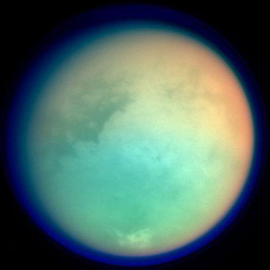 Representação da lua Titã