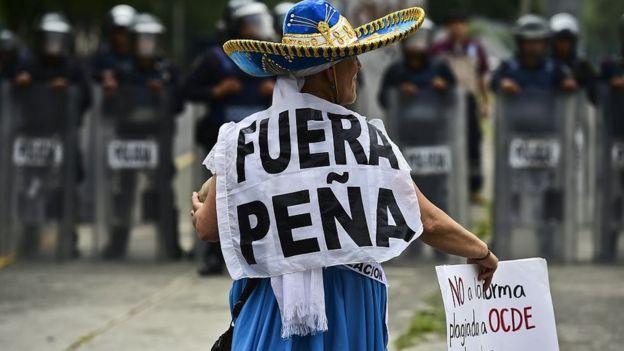 La gestión de Peña Nieto viene marcada por la desaparición de los estudiantes de Ayotzinapa.