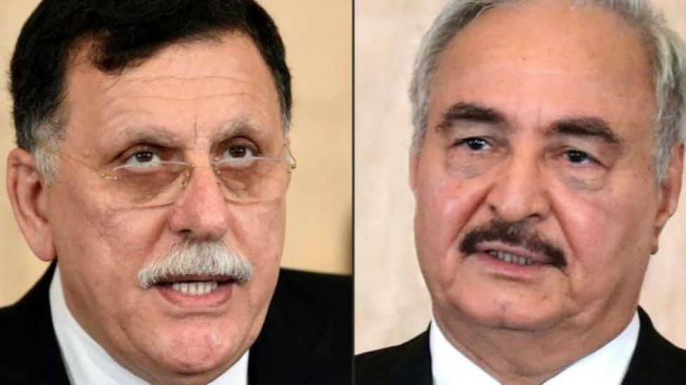 El primer ministro de Libia, respaldado por la ONU, Fayez al-Sarraj (izda) y el General Jalifa Haftar (dcha).