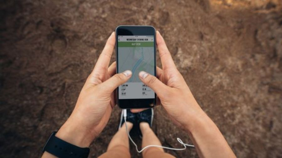 usando app para correr en el celular