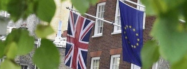 Flags in Smith Square