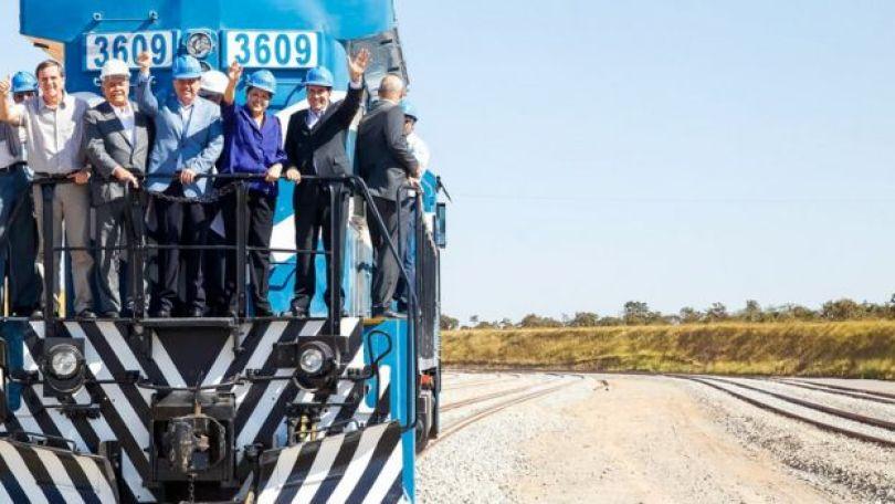 Cerimônia de inauguração do trecho Anápolis-Palmas da Ferrovia Norte-Sul