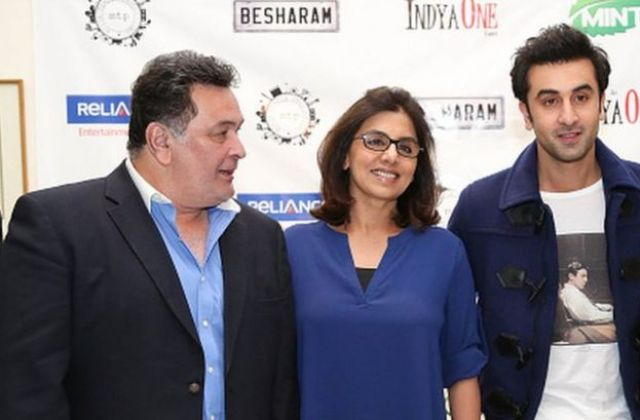 Rishi Kapoor with his wife Neetu and son Ranbir