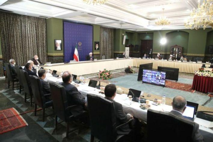 روحاني في اجتماع مع لجنة مكافحة كورونا في ايران