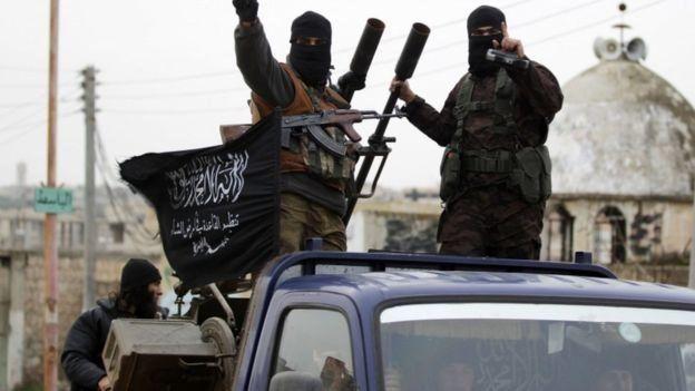 جهاديون من الفصائل المعارضة في إدلب