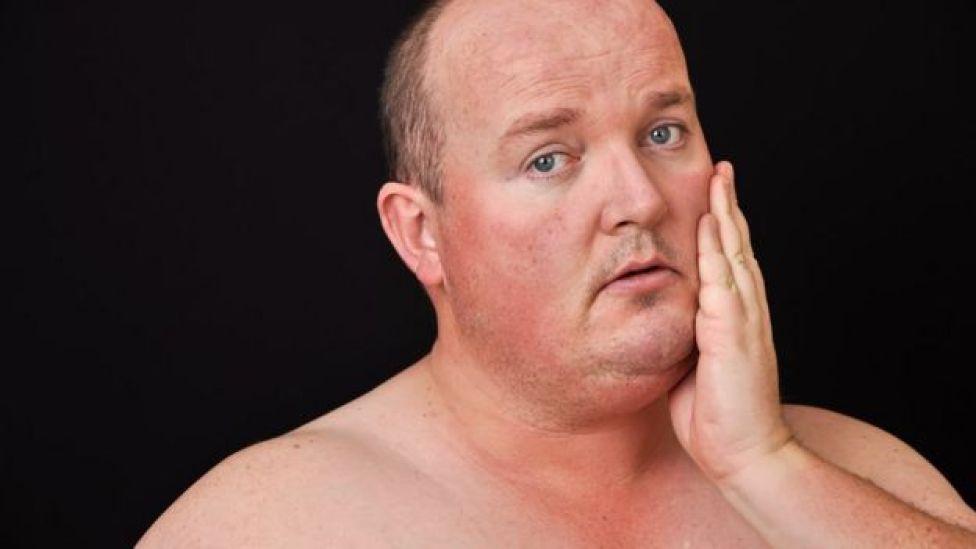 Homem com sobrepeso