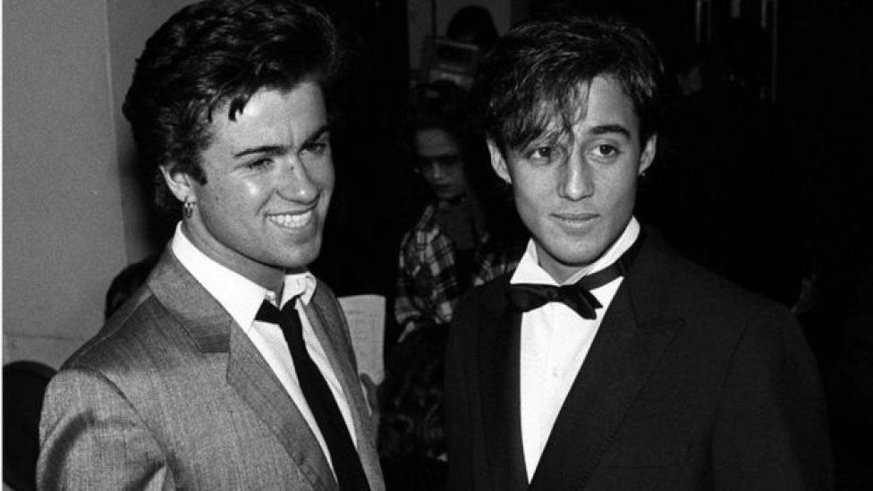 George Michael y Andrew Ridgely ascendieron a la fama con el dúo musical Wham! en la década de 1980.