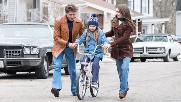 Zac Efron and Lily Collins in Extremely Wicked, Shockingly Evil and Vile