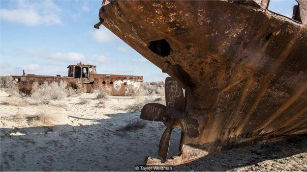 Destroços de navios