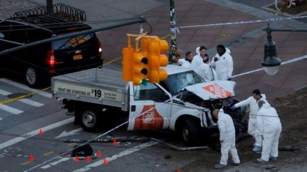 La camioneta usada por el atacante en Manhattan