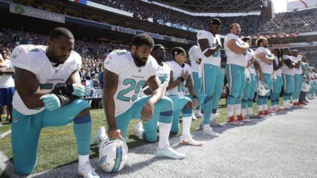 Juadores de los Miami Dolphins.