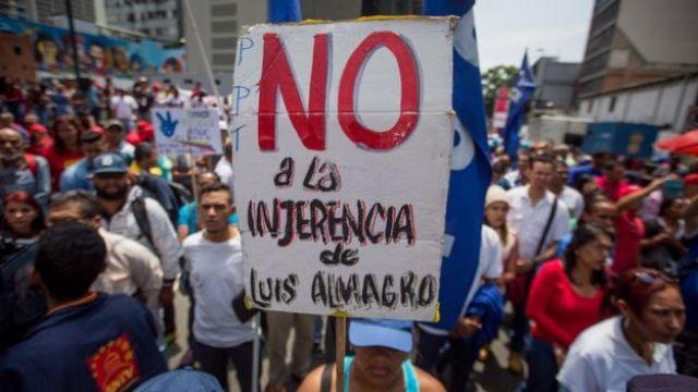 Cartel contra Luis Almagro en manifestación chavista.