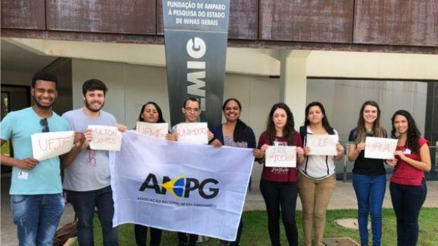Alunos de pós-graduação de Minas Gerais