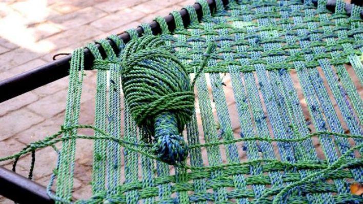 صناعة سرير من النسيج