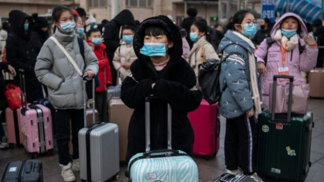 Chinos viajando