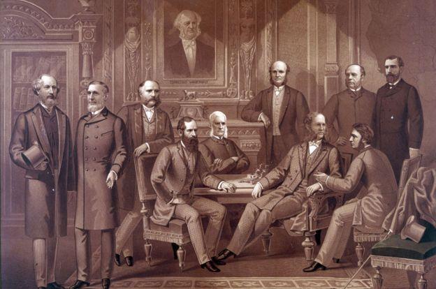 """Cornelius Vanderbilt y el resto de los """"barones ladrones"""" que dominaron la economía estadounidense durante el siglo XIX y comienzos del XX."""