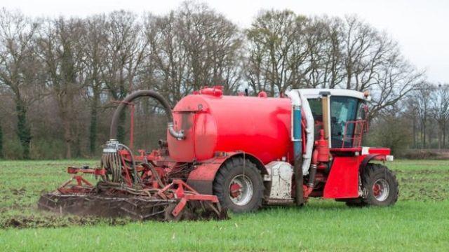 Fertilizantes en un cultivo