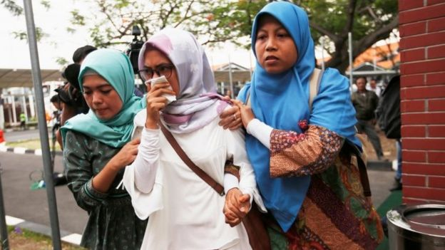 Relatives of passengers of Lion Air flight JT610 that crashed into the sea, arrive at crisis center at Soekarno Hatta International airport near Jakarta, Indonesia, October 29, 2018.