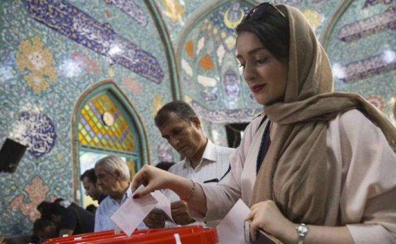 Tehranda seçicilər