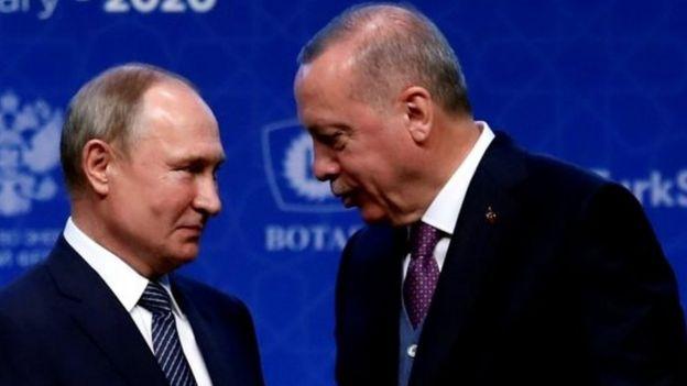 El presidente de Rusia, Vladimir Putin (izquierda) y su homólogo turco, Recep Tayyip Erdogan.