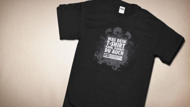 Exemplar de camisa distribuída pela Exit Deutschland