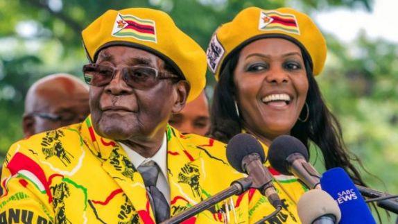 Grace Mugabe oo ah xaaska madaxweynaha ayaa loo arkayay in ay xilka la wareegi doonto