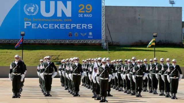 Brasil homenageia militares em missões de paz, em celebração que marca o Dia Internacional dos Peacekeepers (boinas azuis) da Organização das Nações Unidas (ONU) em maio de 2015