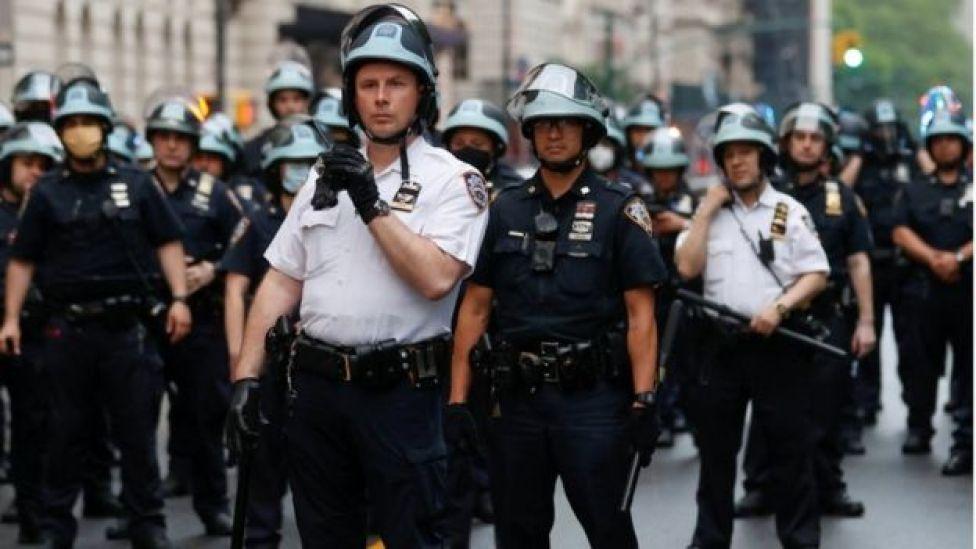 ضباط شرطة
