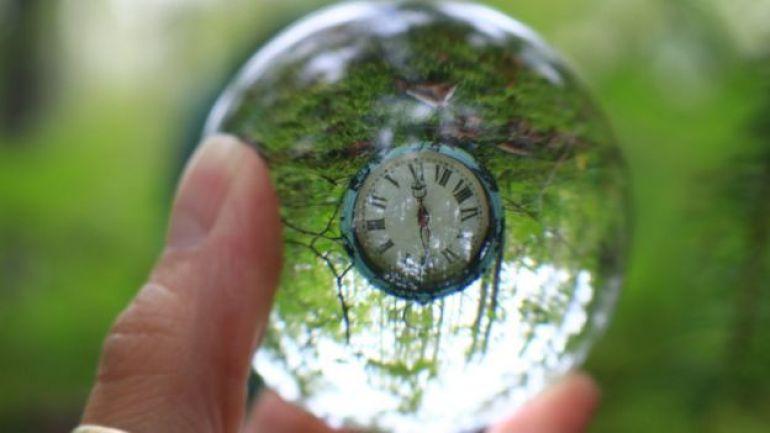 Reloj al revés