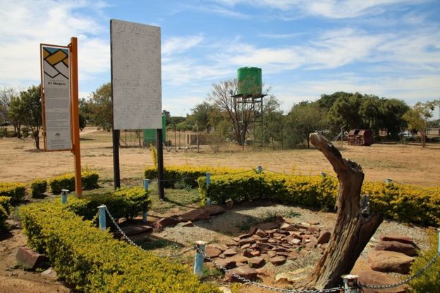 Local onde ficaram os restos mortais de El Negro em Botswana