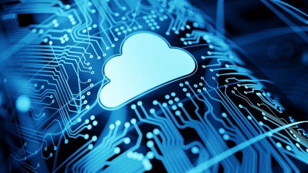 Desenho de uma nuvem em um fundo tecnológico