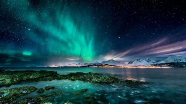 Aurora boreal del Ártico.