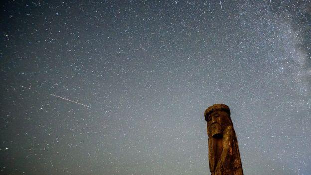 Lluvia de meteoritos.