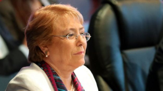 Bachelet.